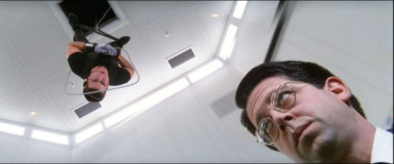 ethan-hunt-screencaps-mission-impossible-34541162-1920-800-e1443480795586